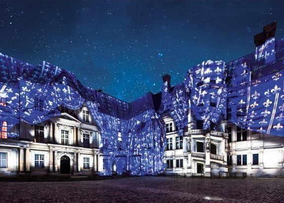 son-et-lumiere-au-chateau-royal-de-blois-c-pashrash-2--770x550