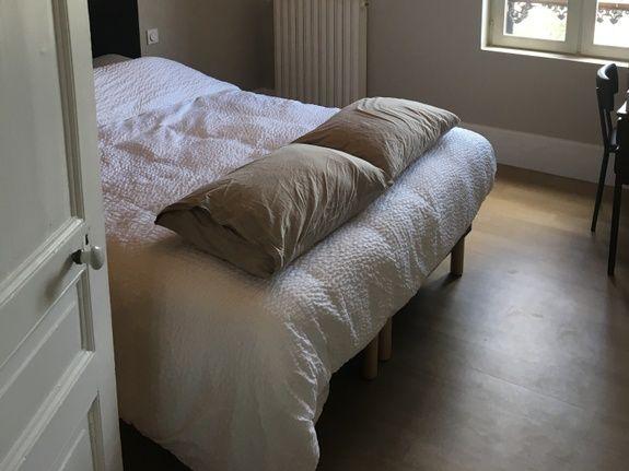 gite-hautvillers-maison-sleeping room 1