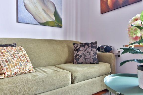 hotel-proche-palais-des-congres-montreal-appartement-1-chambre-sejour-sofa