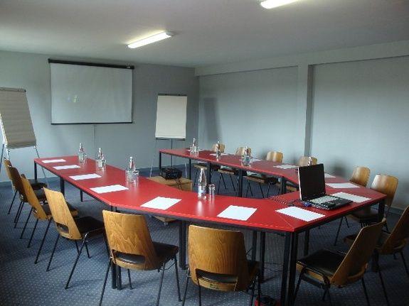 cozy-hotel-cosy-d-affaires-Morlaix-salle-de-seminaire