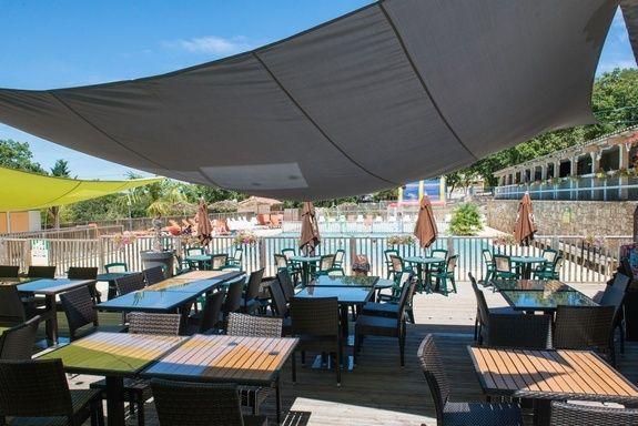 piscine restaurant camping