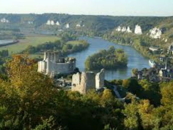hotel-giverny-les-andelys-chateau-gaillard