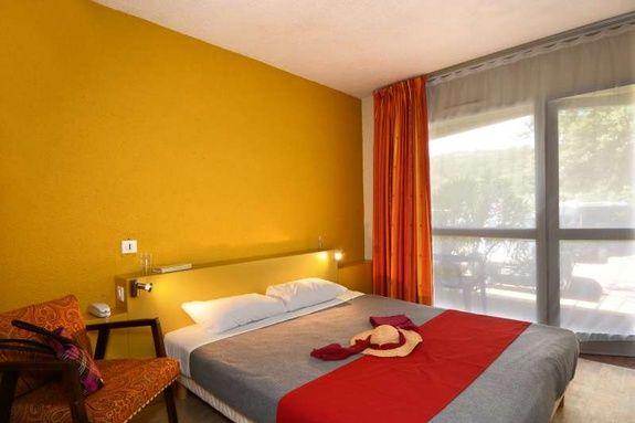 hotel-proche-avigon-chambre-simple-2