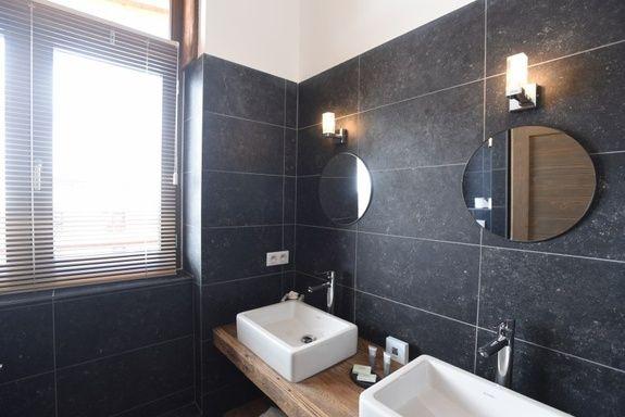 hotel-spa-val-isere-grande-suite-duplex-salle-de-bain