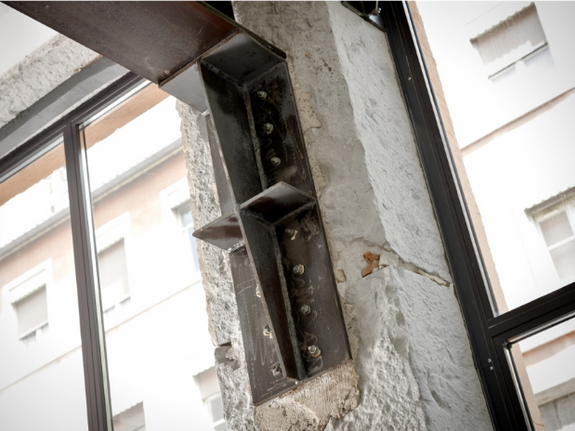 renovation-appartement-lyon-fixation