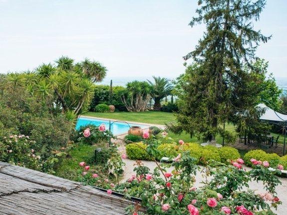 Giardino Piscina Castello Santa Margherita
