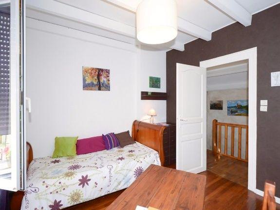 vue escaliers de chambre-pinceaux
