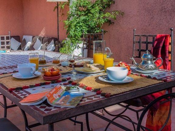 petit déjeuner 2 riad chamali médina marrakech Maroc