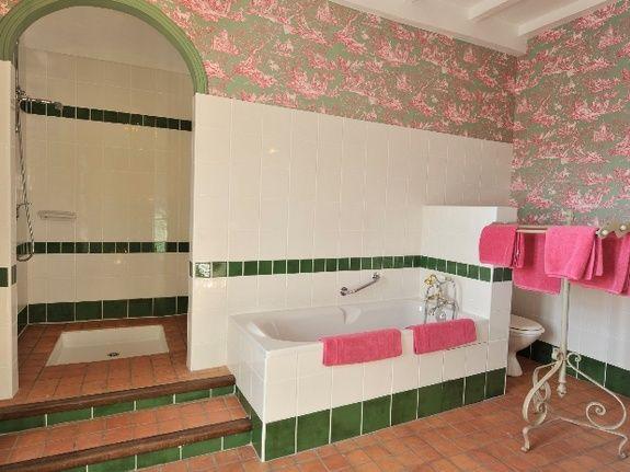 Tilleul Salle de Bain-chambres d'hôtes de charme-perigord-villereal-monflanquin