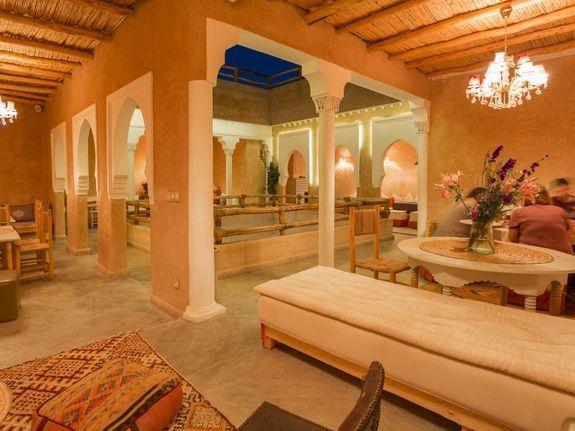 restaurant-marocain-marrakech-salon-restaurant-table