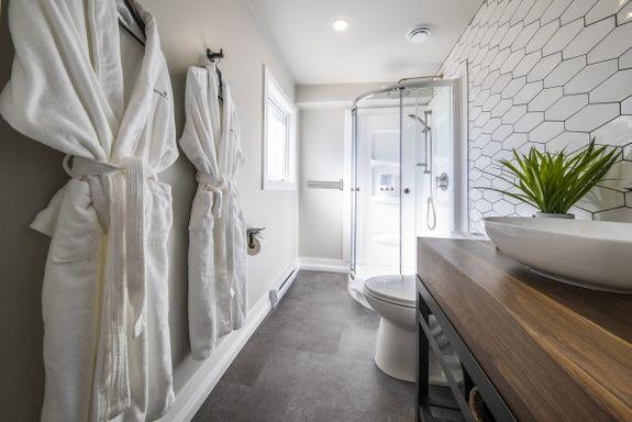 maison-hoteliere-estrie-chambre-urbaine-salle-de-bain