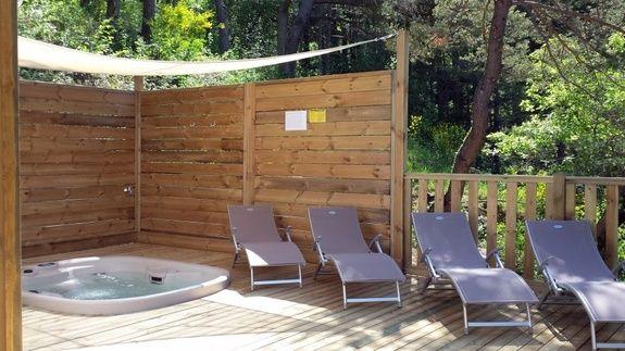 family luxe camping Hautes-Alpes familial piscine escalade