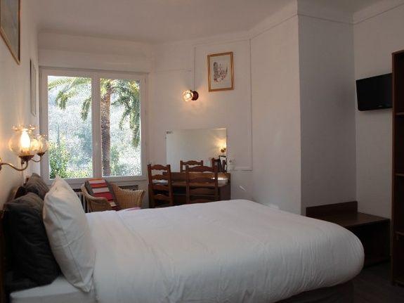 hotel-restaurant-alpes-maritimes-chambre-double-superieure