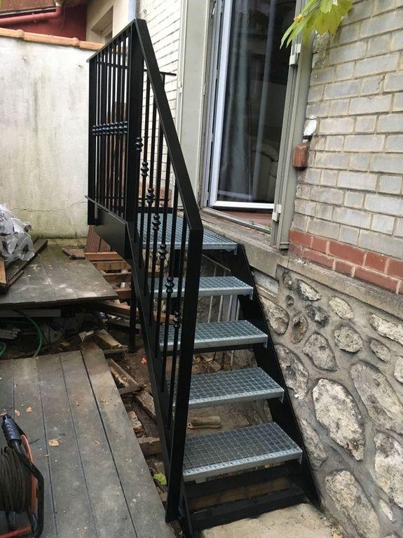fabricant-escalier-metal-bois-design