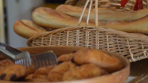 pain-viennoiseries-services-camping-hautes-alpes