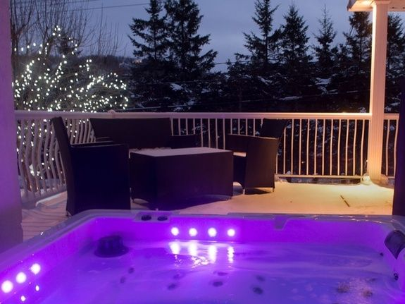bed-and-breakfast-laurentides-exterieur-jacuzzi