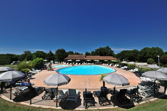 piscine-cigales-camping-rocamadour-lot