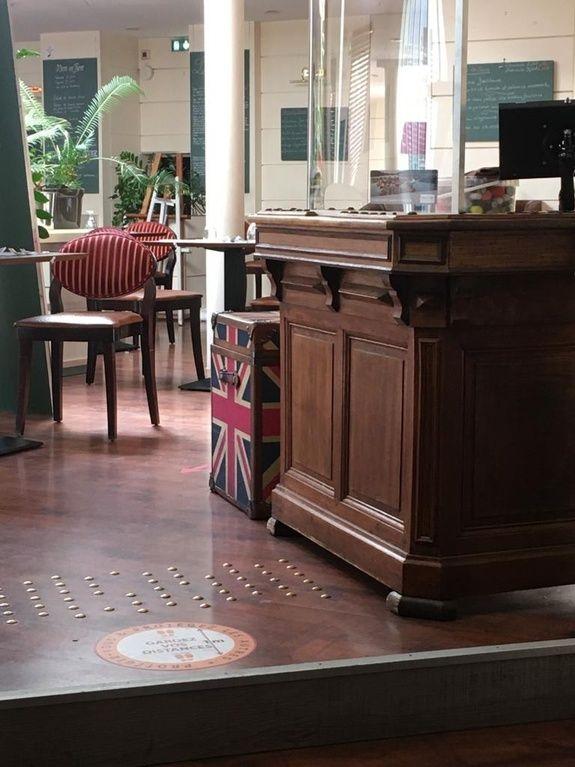 accueil restaurant le monarque blois centre
