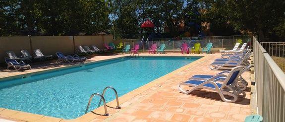 piscine camping guard familial