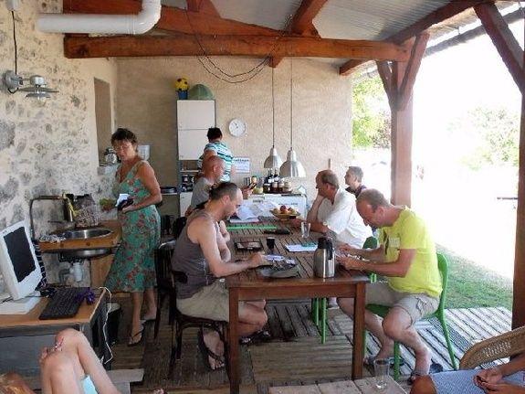 camping Le Clapas cafetería wifi