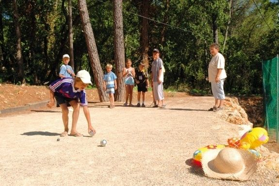 pétanque sport activités camping