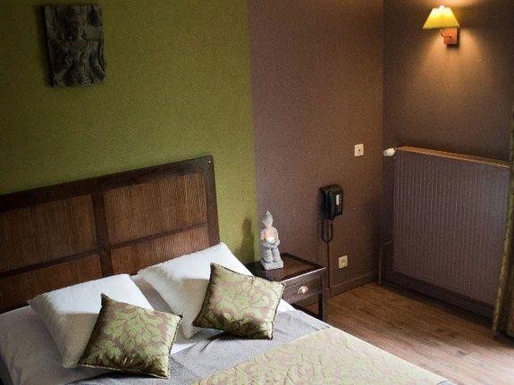 La Chambre «Zen» (Non fumeur) (Chambre avec douche) de Hotel ...