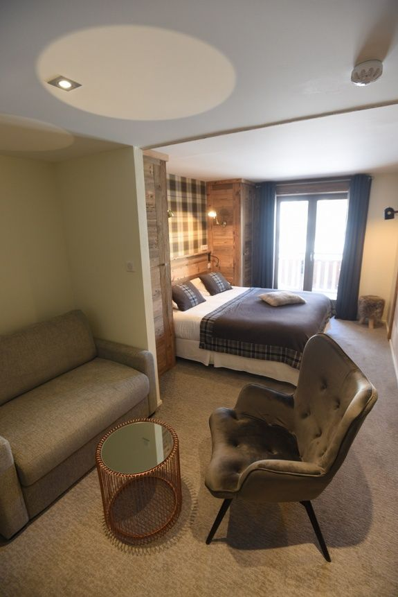 hotel-4-étoiles-val-isere-chambre-supérieure-salon