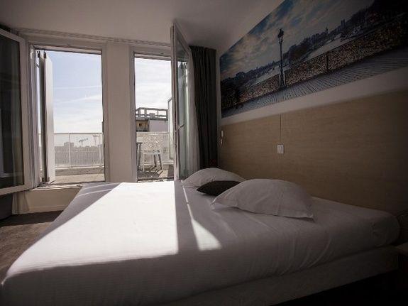 hotel-paris-saint-ouen-chambre-double-balcon