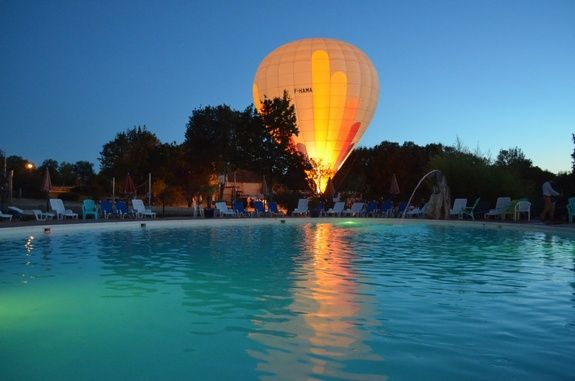 piscine-montgolfier-cigales-camping-rocamadour-lot