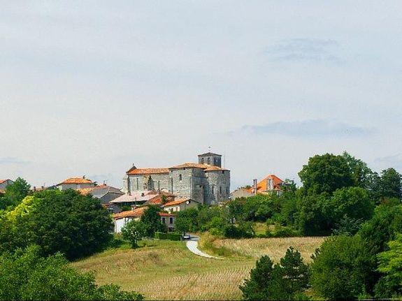 Brossac Sud Charente Etang Vallier Resort