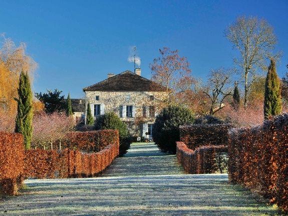 Le parc en hiver-chambres d'hôtes de charme-perigord-villereal-monflanquin