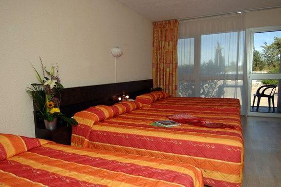 hotel-proche-avigon-chambre-familiale