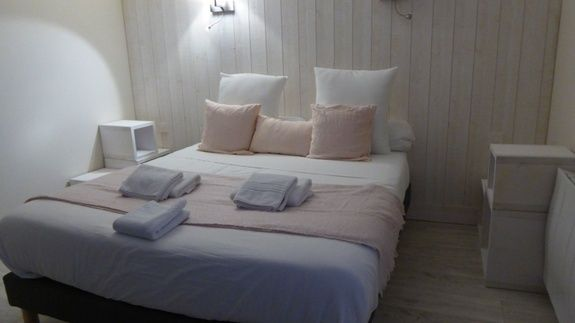 hotel-st-flour-cantal-chambre