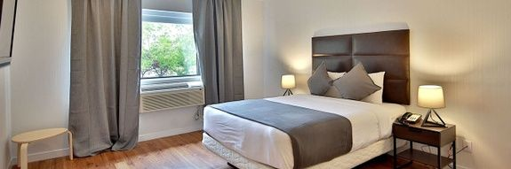 hotel-montreal-pas-cher-chambre-queen-cuisinette