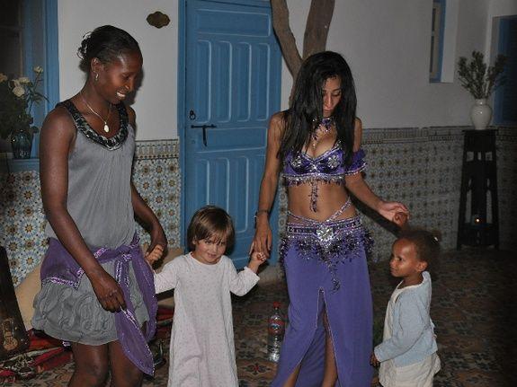 animation danses le soir - riad chamali - maroc - marrakech