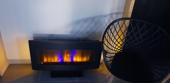 chambre-jacuzzi-privatif-lille-nord-pas-de-calais-cheminee-chaise