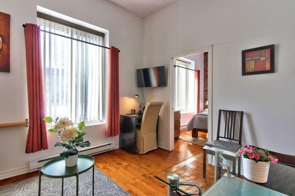 hotel-proche-palais-des-congres-montreal-appartement-1-chambre-sejour-bureau