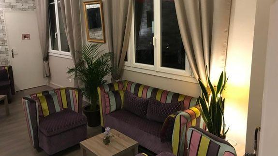 hotel-giverny-salon-bar