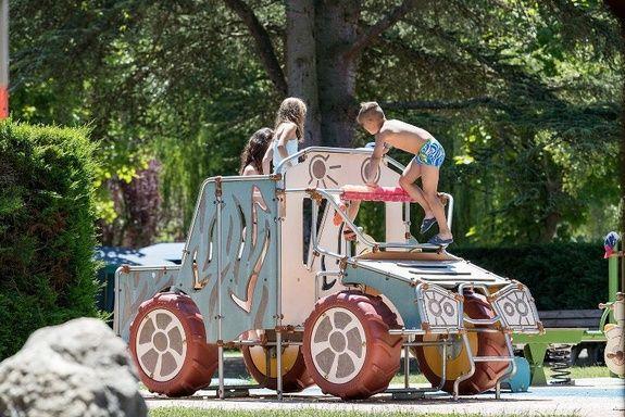 enfants jeux voiture