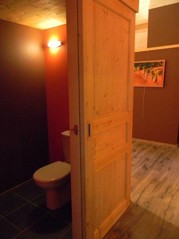 gite-de-groupe-jura-marlaya-toilettes