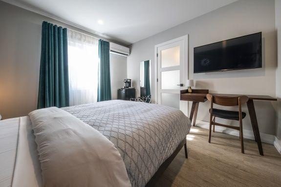 hotel-haut-st-françois-proche-aéroport-sherbrooke-chambre-urbaine