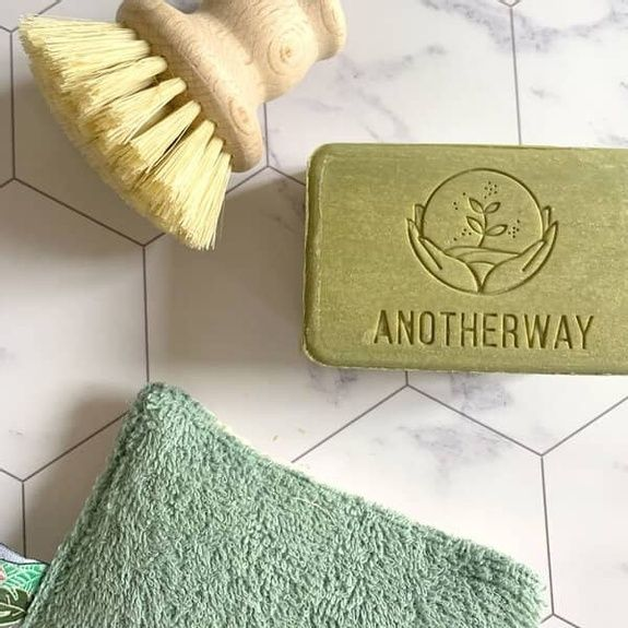brosse-vaisselle-savon-eponge