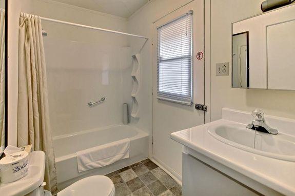 hébergement-proche-rimouski-salle-de-bain