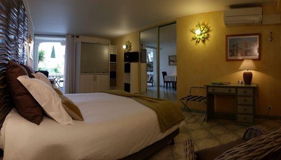room_Fragonard chambres d'hotes la potiniere_Boulouris