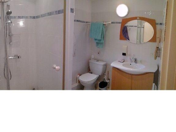 salle de bain-gite-de france-saint raphael-fréjus-location meublé-pour les vacances