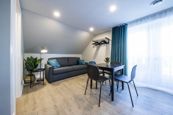 hotel-proche-aéroport-sherbrooke-suite-supérieure-balcon