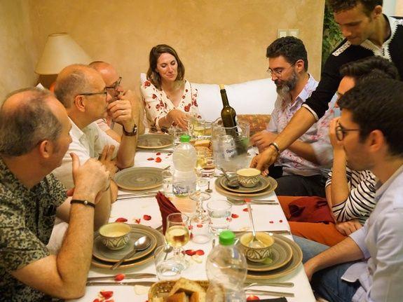 restaurant-marocain-marrakech-diner-hote-salon