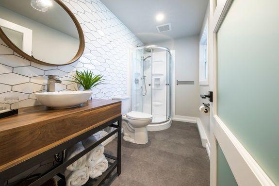 hotel-proche-aéroport-sherbrooke-suite-salle-de-bain