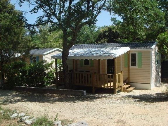 loggia confort exterieur 01  - camping piscine familial proche ardeche gorges