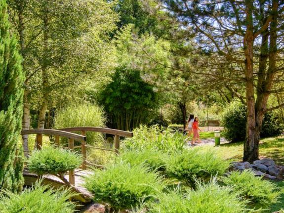 jardin zen camping le bontemps vernioz
